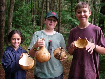 kids-w-gourds